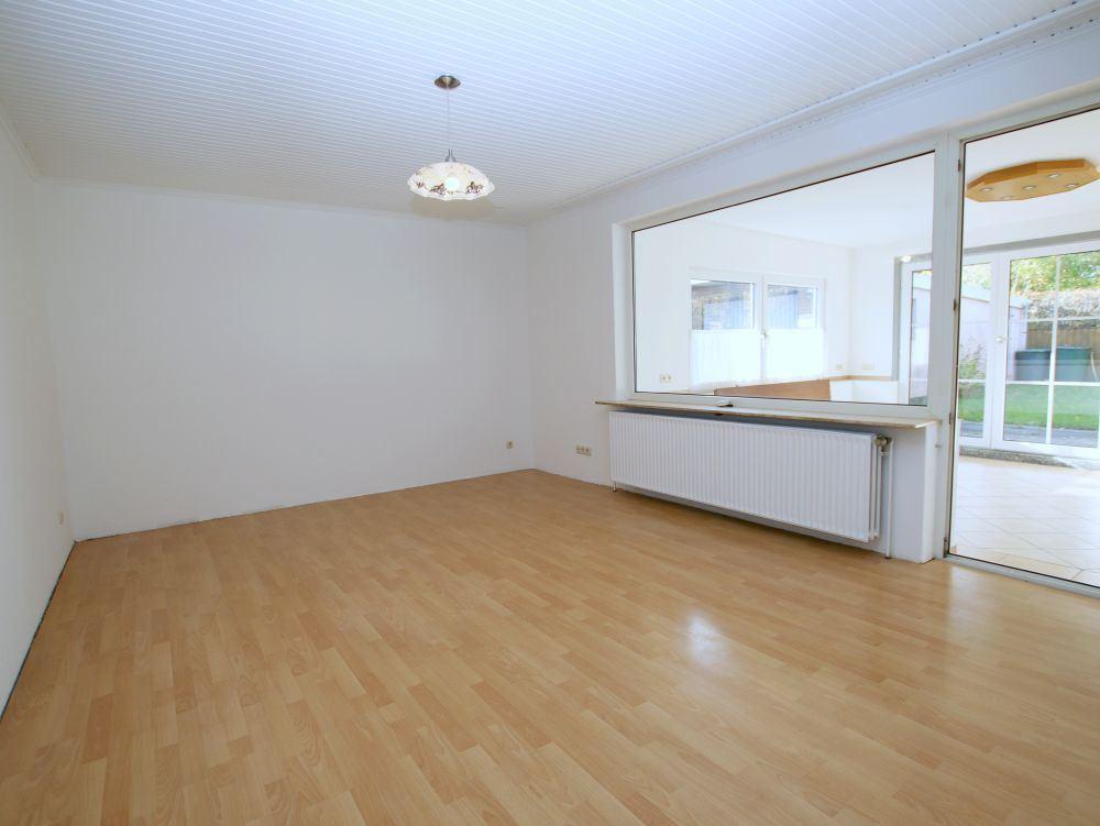 14248 LooseImmo Wohnzimmer 1